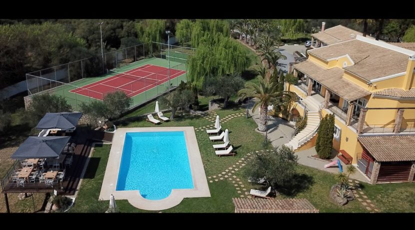 9 bedroom luxury Villa for sale in Corfu with private pool 1