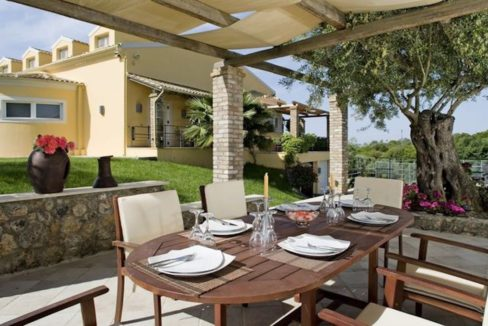 9 bedroom luxury Villa for sale in Corfu with private pool 10