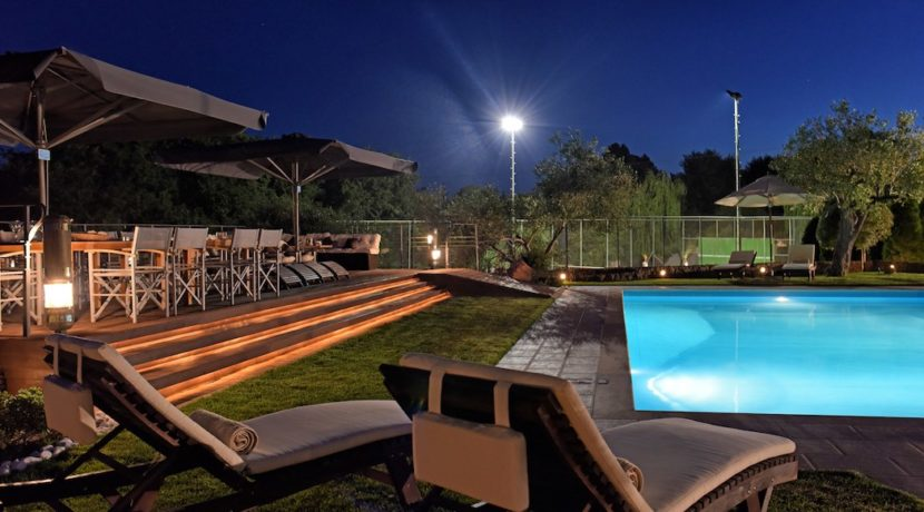 9 bedroom luxury Villa for sale in Corfu with private pool 2