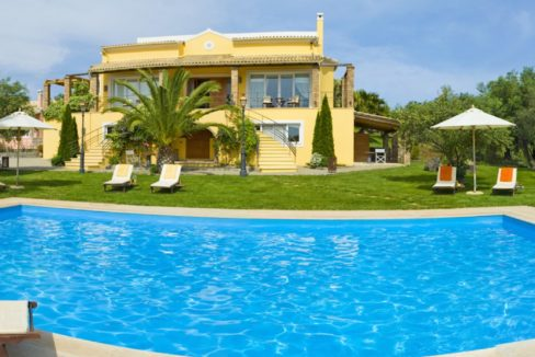 9 bedroom luxury Villa for sale in Corfu with private pool 3