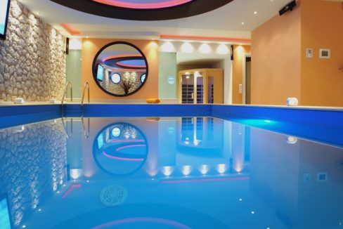 9 bedroom luxury Villa for sale in Corfu with private pool 4