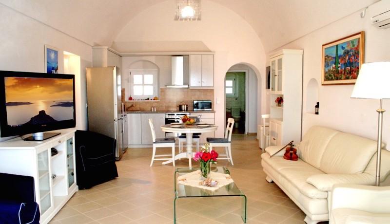 Rent a Villa in Santorini Greece 03