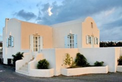 Rent a Villa in Santorini Greece 09