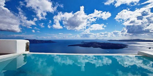 5* Boutique Hotel, 4 Luxury Suites Hotel for Sale Santorini