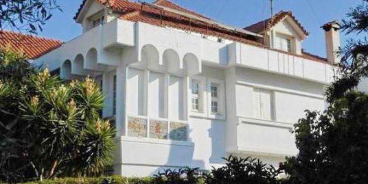 Villa For Sale Vouliagmeni Attica, 700sq.m, 7 bedrooms