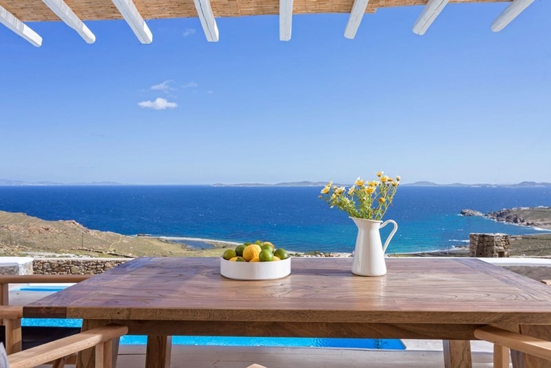 Mykonos Villa with Pool and Sea Views