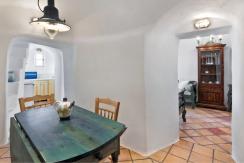 圣托里尼 房子卖给希腊 Lux Suite for Sale Santorini 5