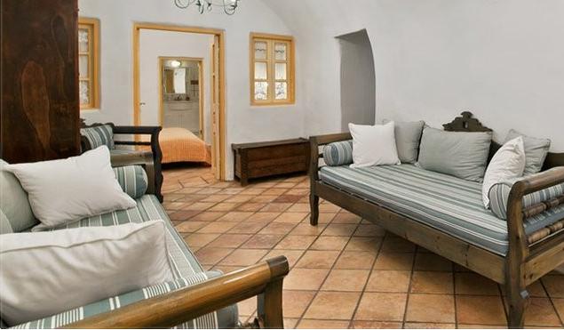 圣托里尼 房子卖给希腊 Lux Suite for Sale Santorini3