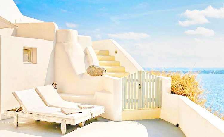 Luxury Hotel in Oia Santorini for Sale Exclusive 1