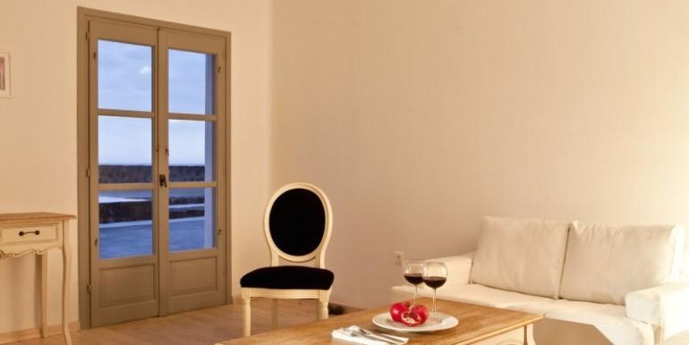 Luxury Villa at Caldera 09