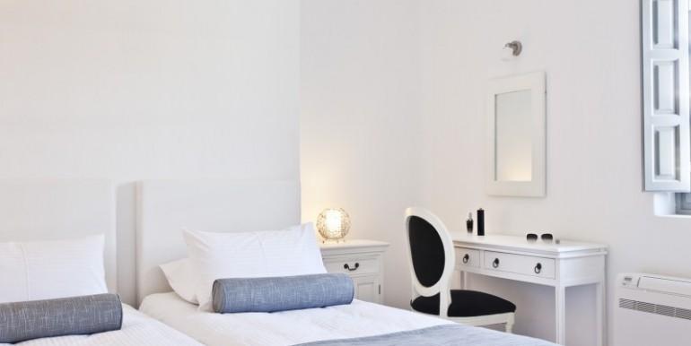 Luxury Villa at Caldera 11