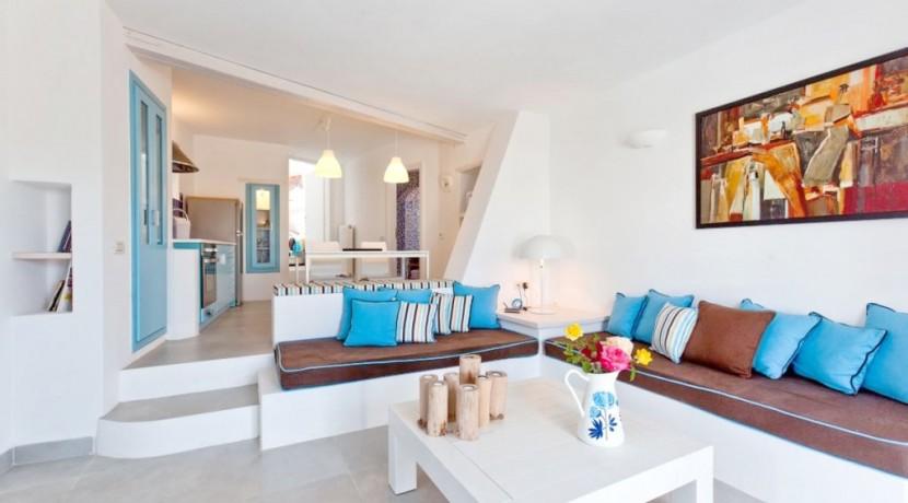 rent a villa in Santorini Greece 6