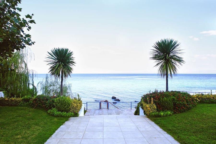 Great Luxury Villa at Chalkidiki