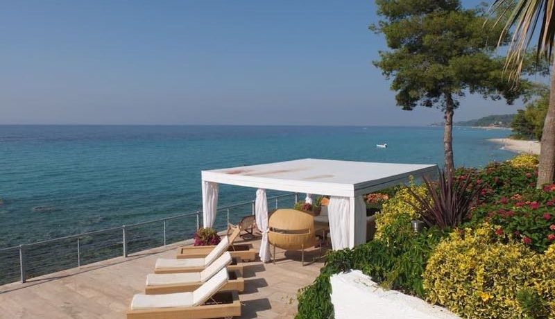 1st on the Beach Luxury Villa Halkidiki Kassandra 31_resize