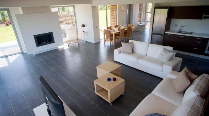villa for rent at sani halkidiki copy