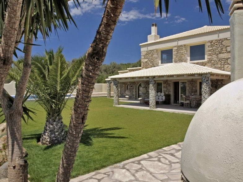 Villa For Rent in Crete Greece