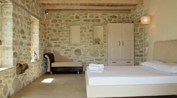 villa for rent crete greece copy 15