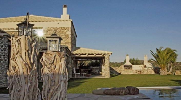 villa for rent crete greece copy 6
