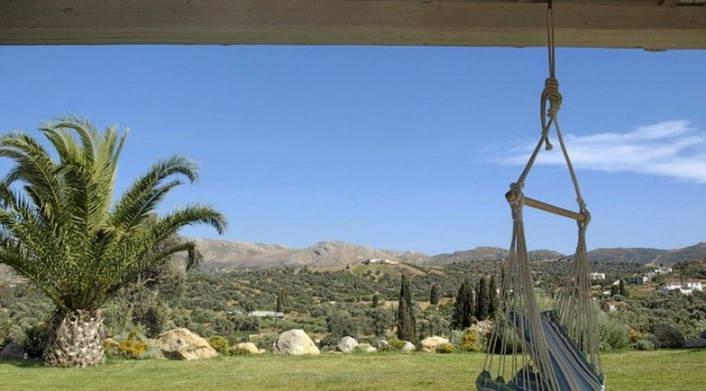 villa for rent crete greece copy 7