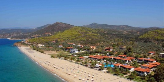 Size 20.000 m² , 66 Rooms Hotel For Sale in Sithonia, Chalkidiki