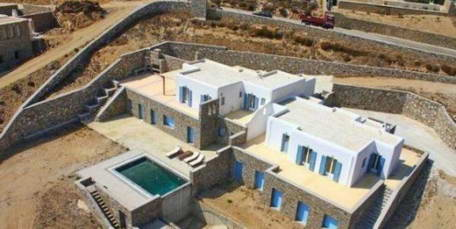 Maisonette with pool for Sale in Mykonos