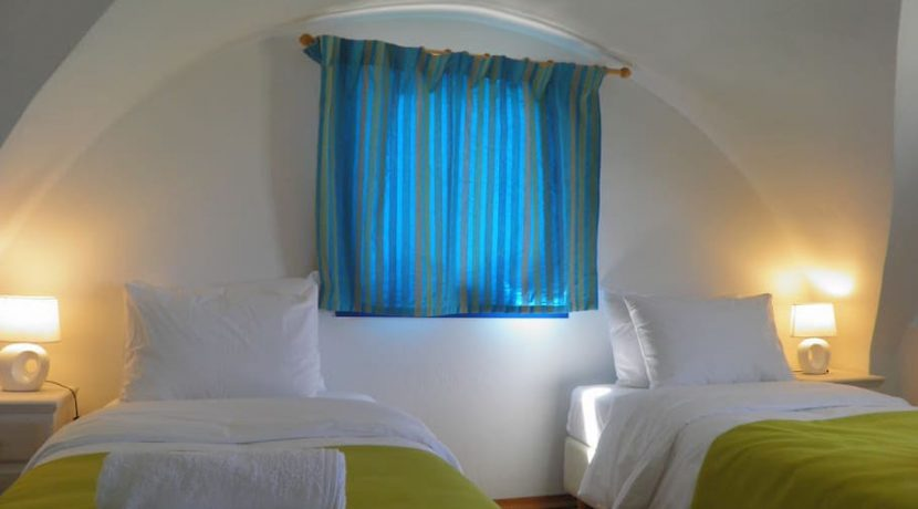 invest Santorini Hotel For Sale 22
