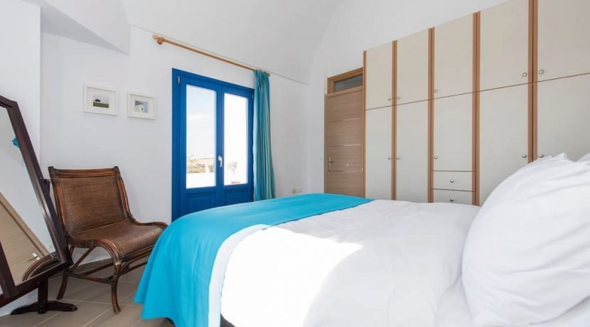 invest Santorini Hotel For Sale 5