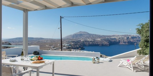 Invest in Hotel in Santorini Greece, Akrotiri 1200 sq.meters ability to expand