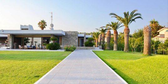 The most Beautiful Seafront Villa in Kassandra Halkidiki