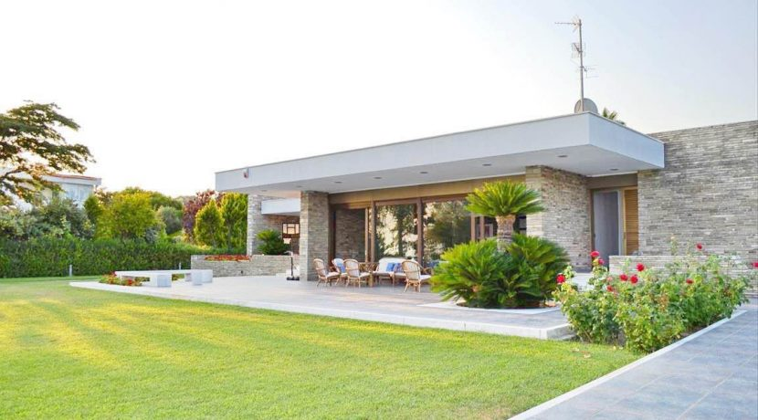 Seafront Villa Halkidiki Greece 5