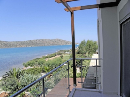 Luxury Seafront Villa Crete Greece 3