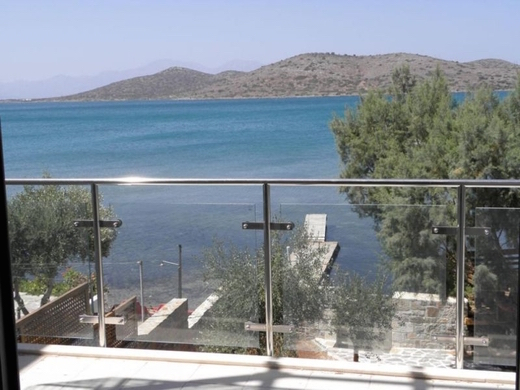 Luxury Seafront Villa Crete Greece 4