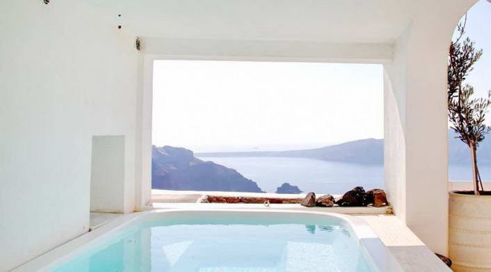 Luxury Villa Santorini 02