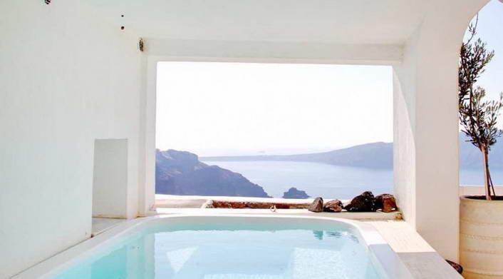 Luxury Villa Santorini 02