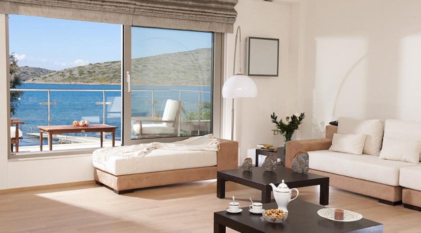 Seafront Villa at Elounda with Private Beach 11