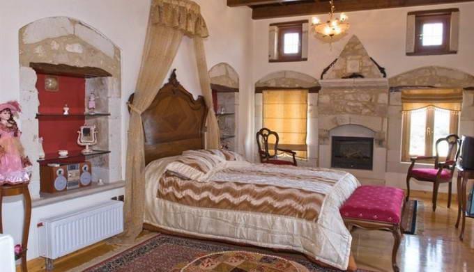 Boutique Hotel : Villa REthymno for Sale Greece 18