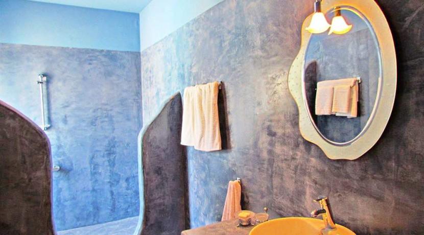 Hotel For Sale Santorini 2