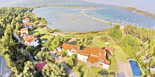 Villa by the Sea Halkidiki,  in Sithonia for Sale
