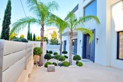 Luxury Villa Voula Athens10