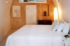 House for rent santorini 3