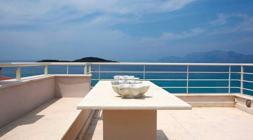 Luxury Villa North attica Greece 02