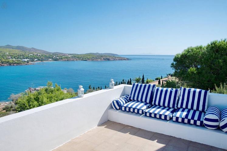 Villa in Sounio for rent, Attica, Greece