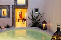 house santorini for rent 8
