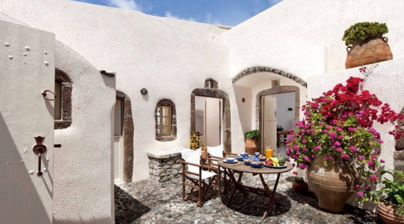 Caldera House For Rent Santorini Greece 08