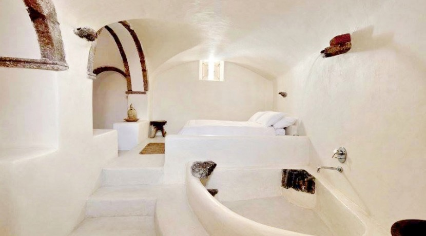 Caldera House For Rent Santorini Greece 24