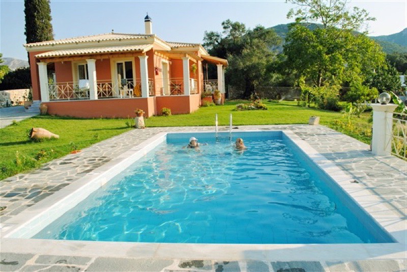 Luxury villa for rent in Corfu