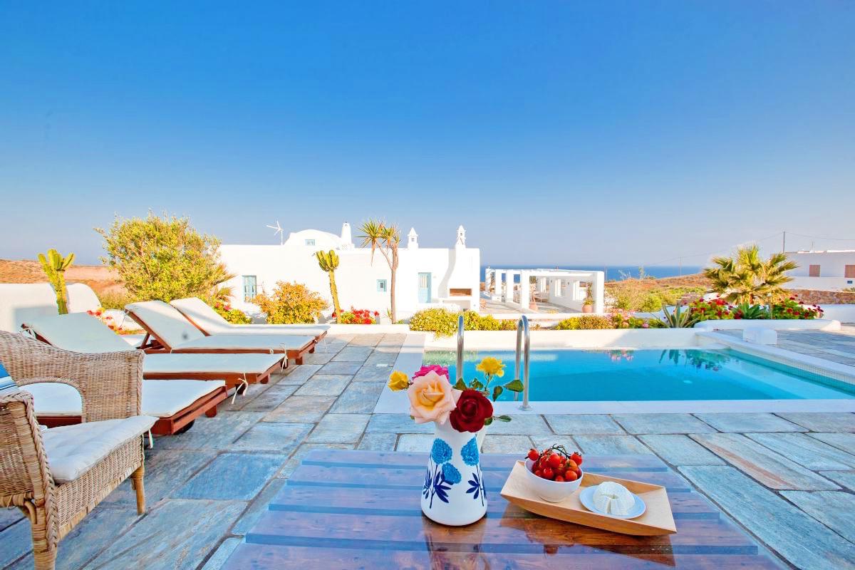 Rent Villa Greece Santorini