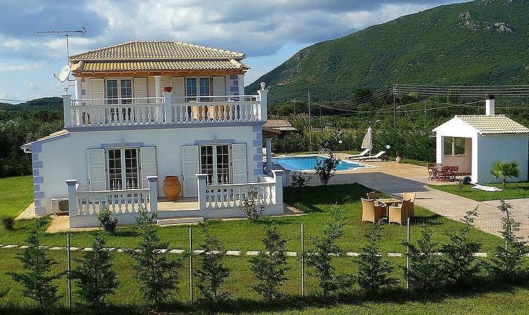 Rent a Villa in Greece 01