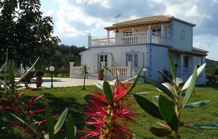 Rent a Villa in Greece 03
