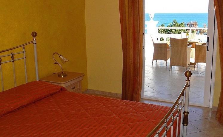Rent a Villa in Greece 06